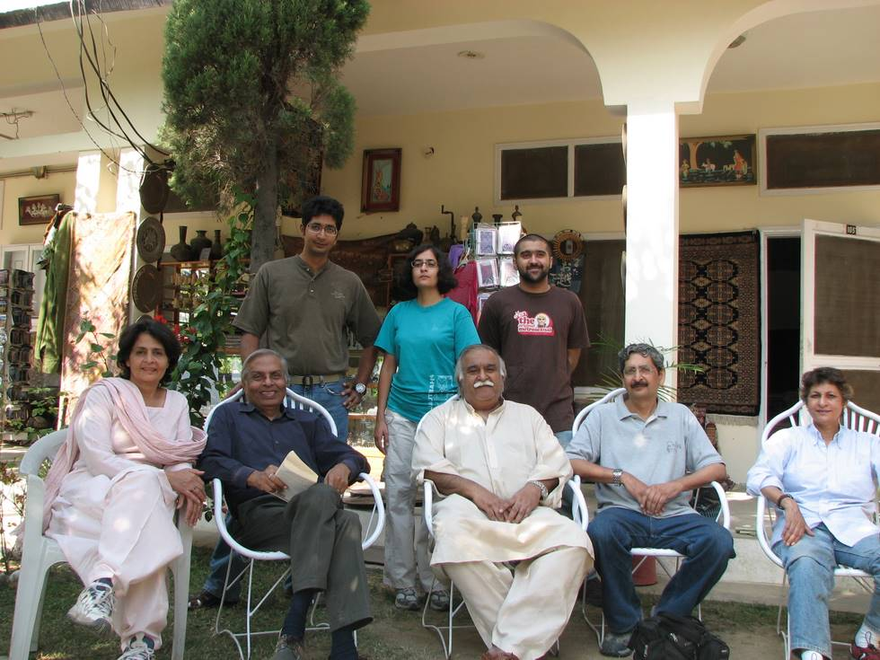 Group photo at the Rana lodge Besham