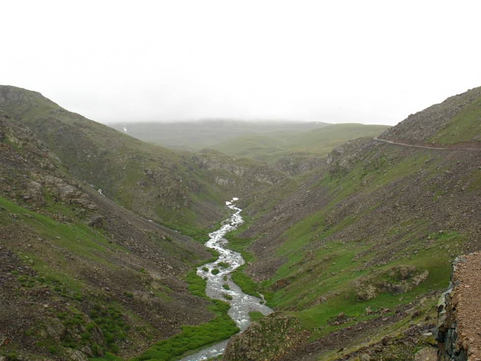 Road to Deosai Plains
