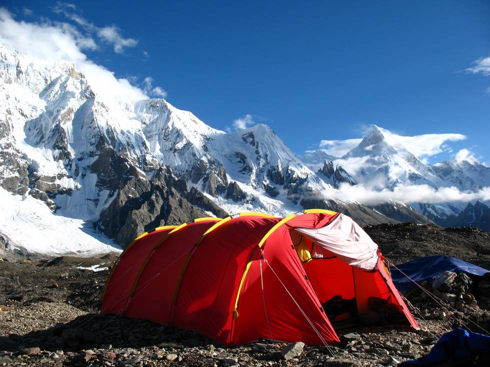 Tent at Concordia in the morning