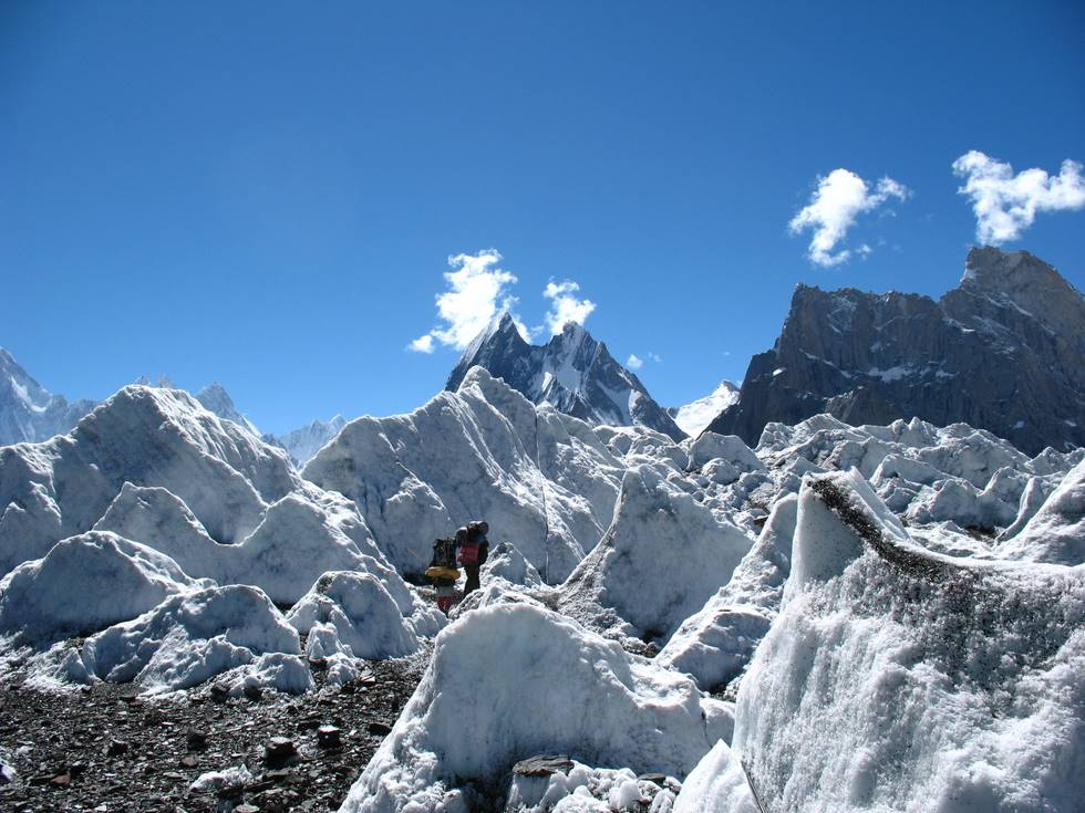 Heading to Broad Peak base camp from Concordia