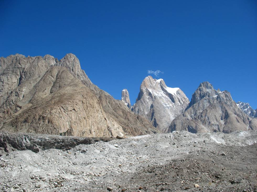 Moutains at the start of the Baltoro