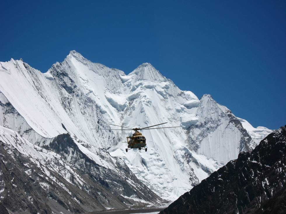 Helicopter heading back from base camp