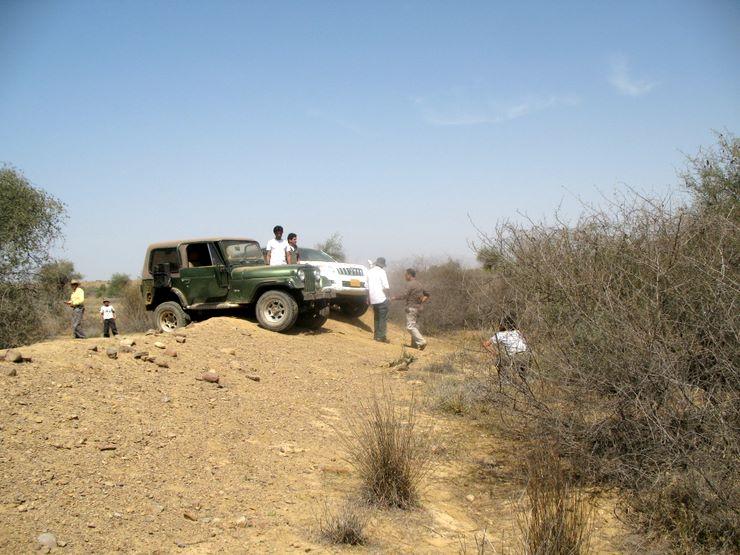 This was a very narrow ridge where quite a few vehicles got stuck in Sorh Valley, Baluchistan